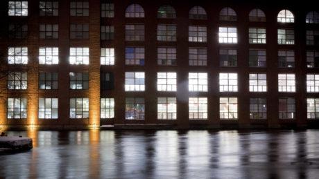Yritysten toimitilojen suhteen Business Tampere tekee yhteistyötä sekä kaupunkiseudun kuntien että yksityisten kiinteistövälittäjien kanssa.