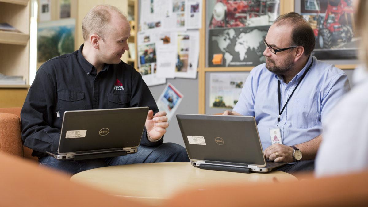 Sparraus ja mentorointi työpaikalla kollegoiden kesken