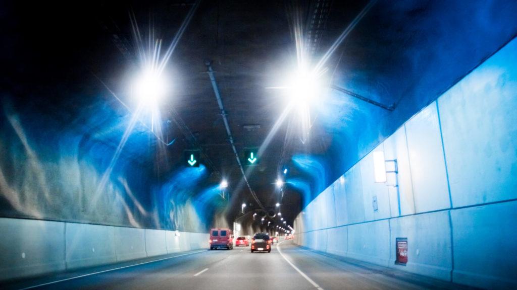 älykäs liikenne Tampereella tunnelissa