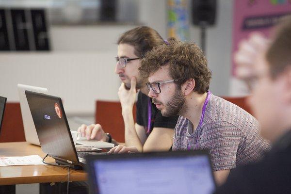 sisätilapaikannuksen hackaton käynnissä Tampereella