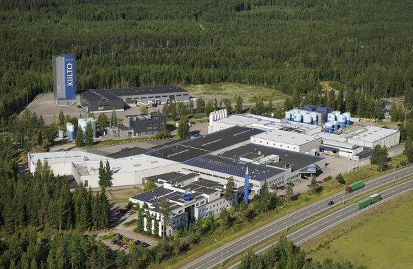Kiillon tehdasalue Lempäälässä. Kuva: ©Lentokuva Vallas Oy