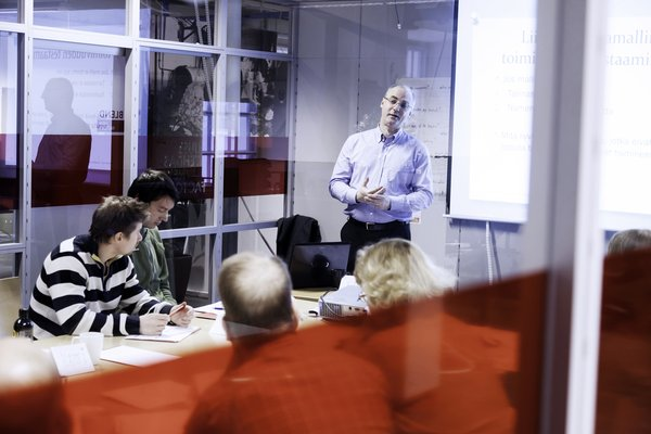 The training is free of charge for the participants. It takes place at the New Factory premises. Photo: Jukka Salminen​