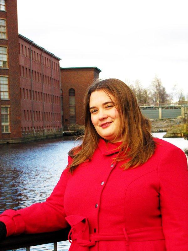 Jenni Kallionsivu oli viisi vuotta Tallinnassa Suomen Viron-instituutin palveluksessa. Tampereelle houkuttivat perhesyyt, kaupungin mukava koko ja rennon konstailematon henki.