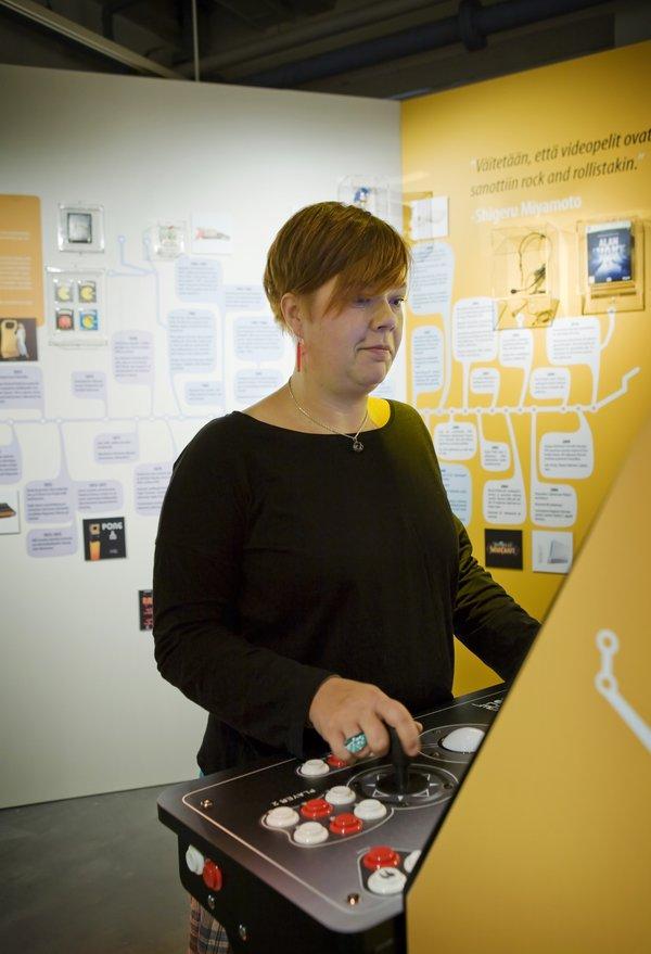 Verkon punontaa - Internetin historiaa. Kuva: Reetta Tervakangas