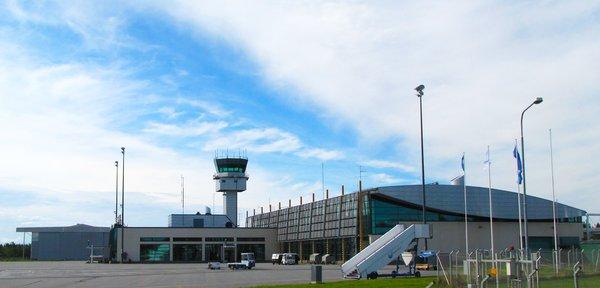 Tampere-Pirkkalan lentokenttä on Suomen kolmanneksi vilkkain lentoasema. Kuva: Tredea Oy