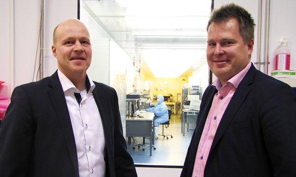 Modulight President & CEO Petteri Uusimaa, and Chairman of the Board Seppo Orsila.