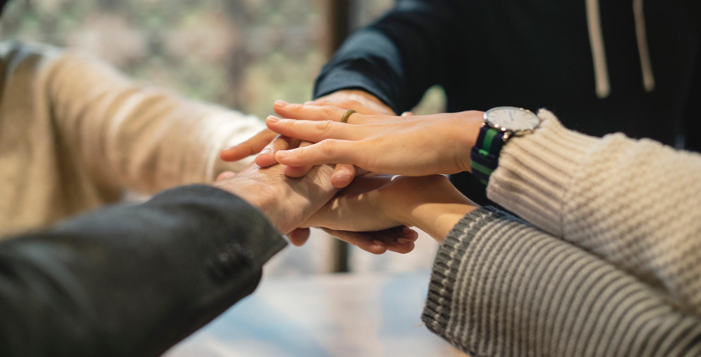 Kädet - yhteistyö
