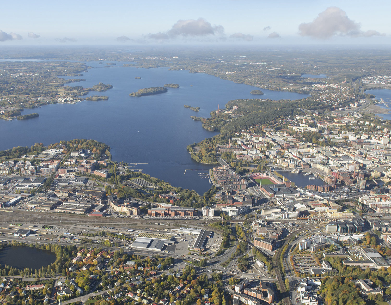 business tampere_Tampere ilmakuva vasemmalla Viinikanlahti