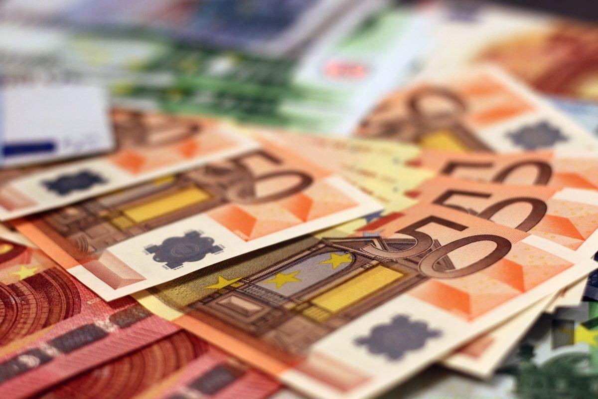 business tampere bank bank notes banking 1
