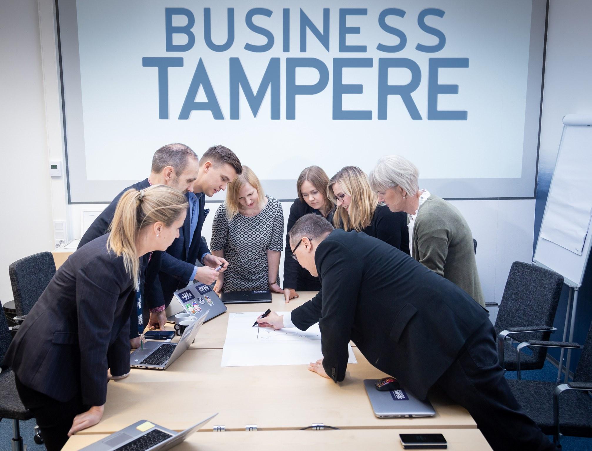 Business Tampere Kuvituskuva Mirella Mellonmaa 4 1